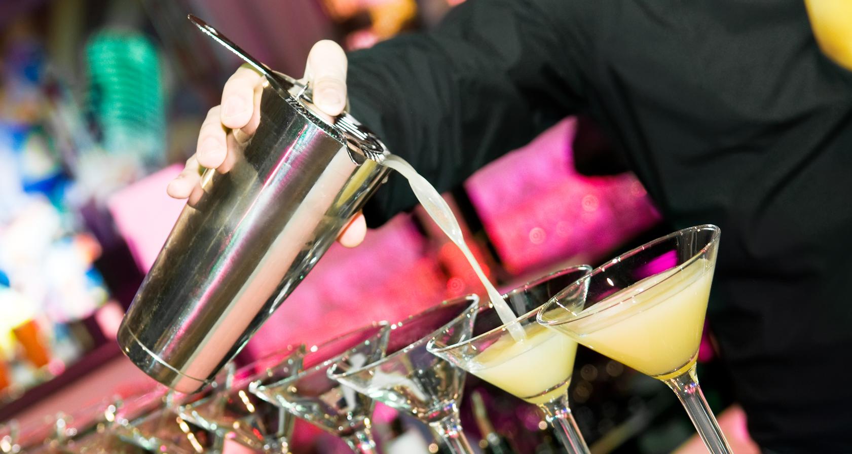 Cocktail shaken Workshop Bedrijfsuitje