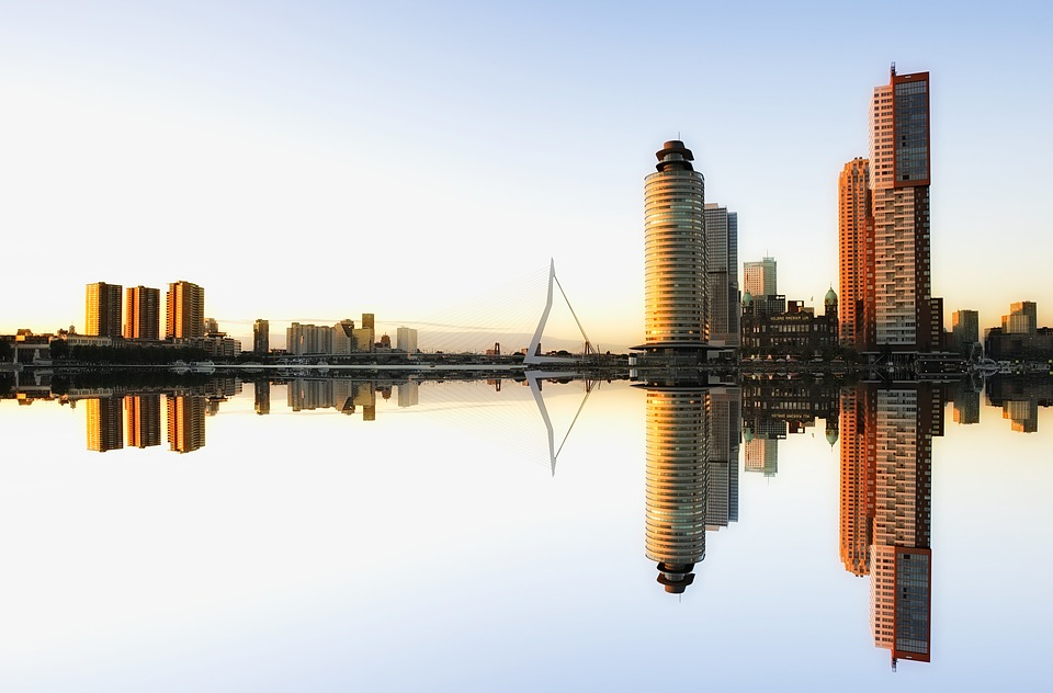 Rotterdam Bedrijfsuitje Erasmusbrug