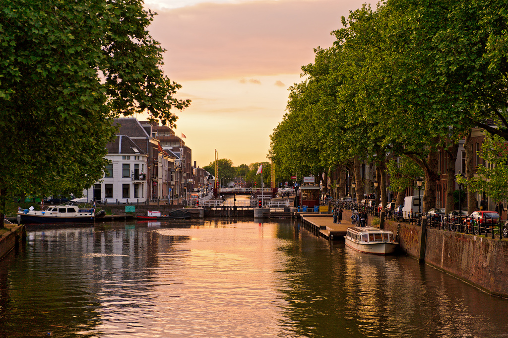 Utrecht Bedrijfsuitje Grachten Zonsondergang